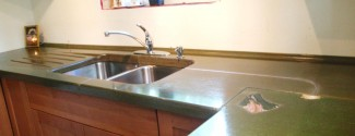 molded-stone-concrete-countertop-green